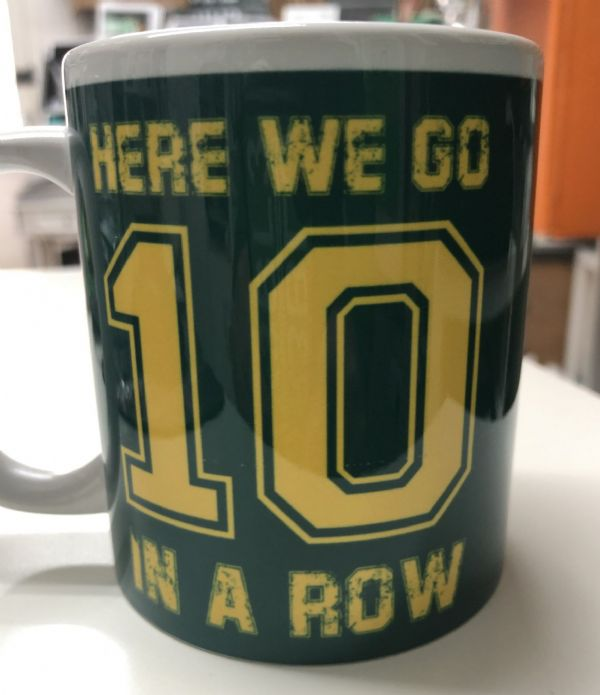 "Celtic FC Mugs ""Here we go 10 in a Row"""